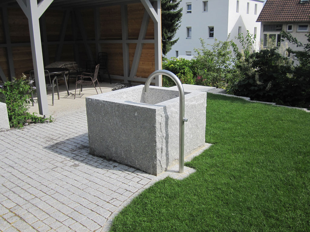 Wasser-im-Garten-Gurr-Garten-und-Landschaftsbau-Heilbronn-Untergruppenbach
